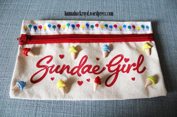Sundae Girl Pouch